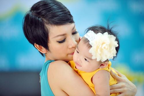 Xuân Lan khoe con gái đẹp như thiên thần-2