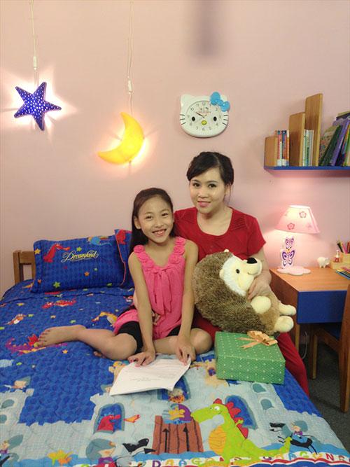 truong phuong bat ngo… khoe con - 4