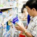 Mua sắm - Giá cả - Lãi lớn, các doanh nghiệp sữa vẫn đòi tăng giá