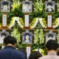Tin tức - Phà Sewol: Học sinh sống sót trở lại trường