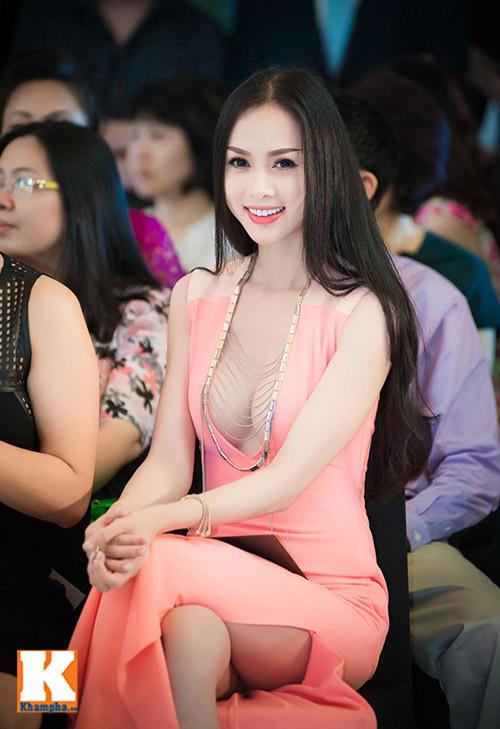 diem huong rang ro tai xuat sau scandal - 10