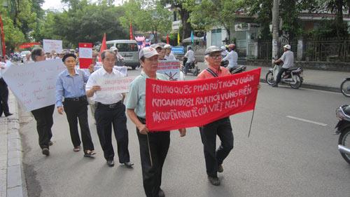 nguoi dan hue - da nang mit tinh phan doi trung quoc - 4