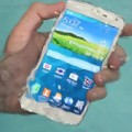 Eva Sành điệu - Chống nước sẽ thành chuẩn chung cho smartphone vào 2015