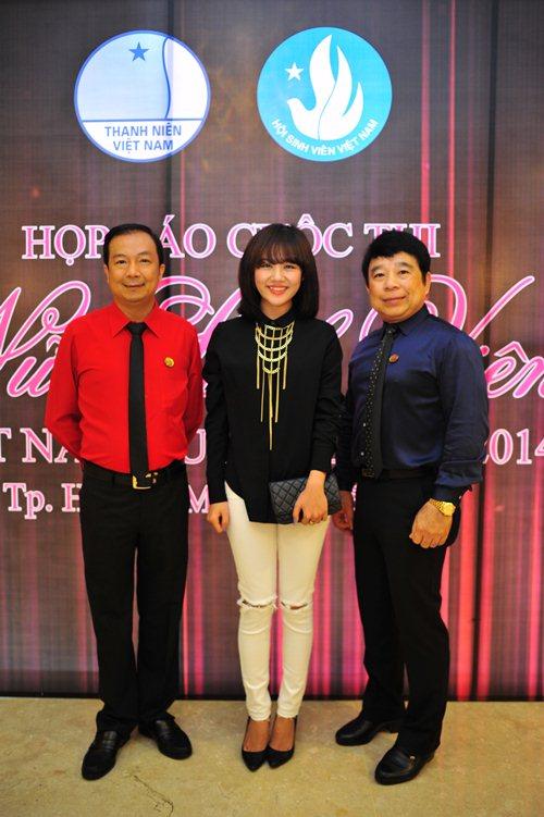 """van mai huong dong hanh cung """"nu sinh vien vn"""" - 6"""