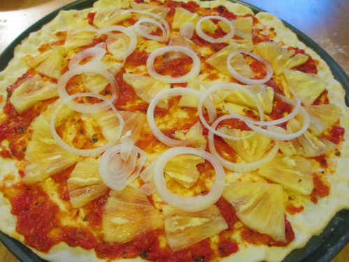cach lam pizza dua xuc xich - 3