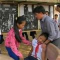 Tin tức - Hơn 40 học sinh tiểu học bị ngất vì đồ chơi lạ