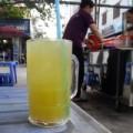 Mua sắm - Giá cả - Vì sao Hà Nội không có nước mía 4.000 đồng/ly?