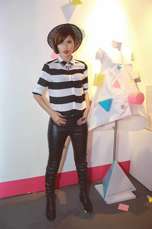 trang la phoi do an tuong xem show tai singapore - 7