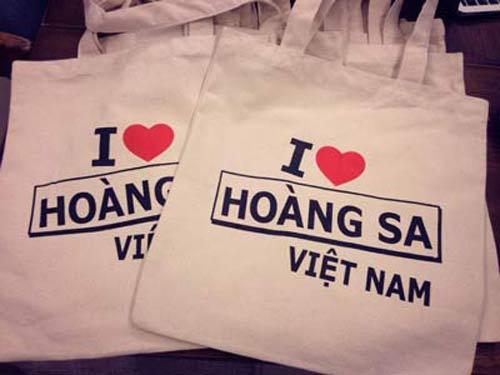 """""""con sot"""" thoi trang the hien long yeu nuoc - 14"""
