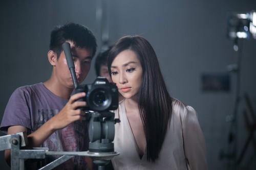 "nhu y ""sang chanh"" thue 2 phim truong de quay mv - 7"