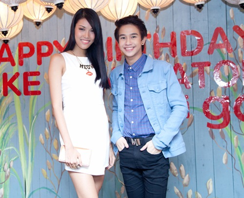 Yến Trang gợi cảm bên hot boy phim đồng tính Thái-12