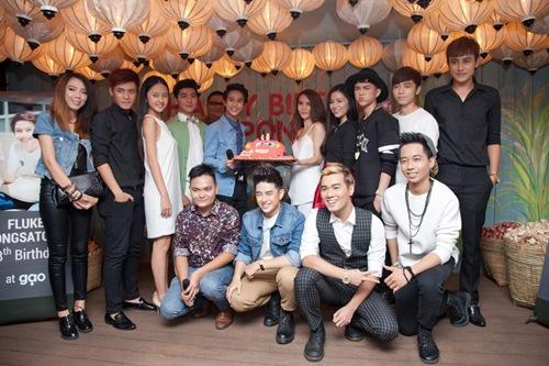 Yến Trang gợi cảm bên hot boy phim đồng tính Thái-13