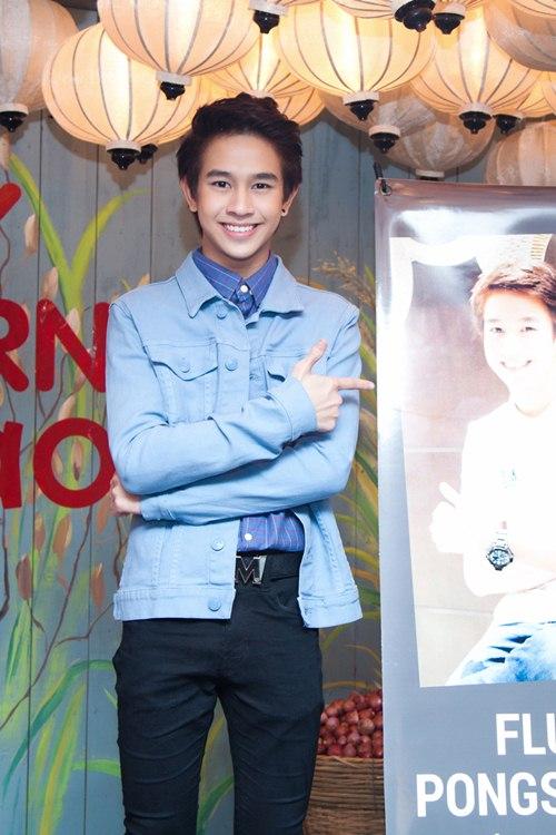 Yến Trang gợi cảm bên hot boy phim đồng tính Thái-3
