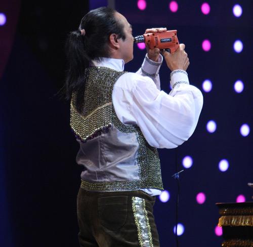 Uyên Linh, Phan Anh trắng tay tại Người bí ẩn-3