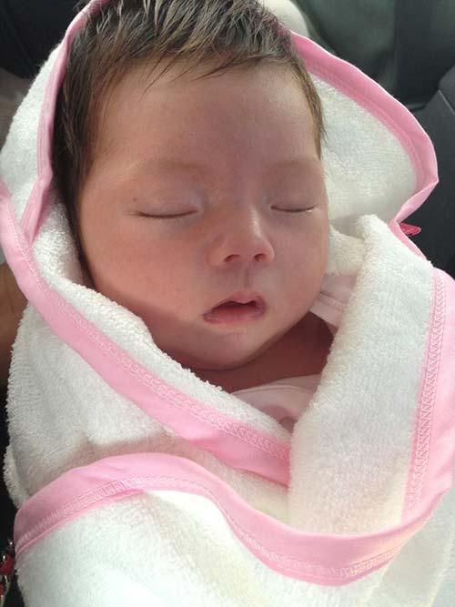 Con gái Đoan Trang đẹp như thiên thần - 1