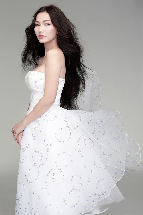 Kim Hiền gợi cảm khó cưỡng trước ngày cưới - 4
