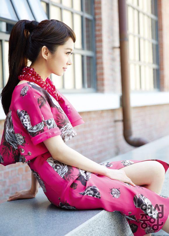 Jang Nara trẻ trung như thiếu nữ 20-4