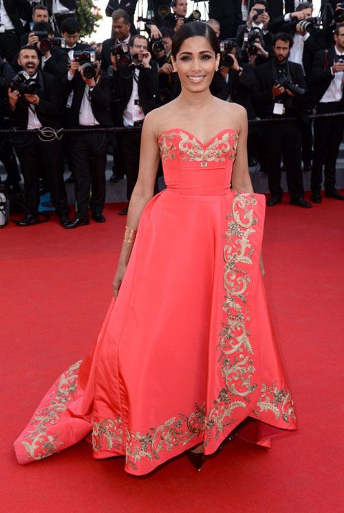 """20 bộ đầm đẹp """"nghẹt thở"""" tại Cannes 2014 - 17"""