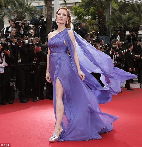 """20 bộ đầm đẹp """"nghẹt thở"""" tại Cannes 2014 - 19"""