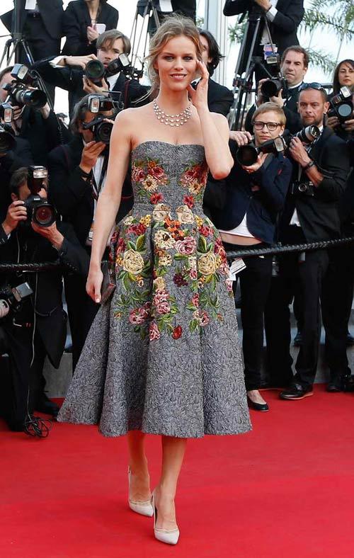 """20 bộ đầm đẹp """"nghẹt thở"""" tại Cannes 2014 - 20"""