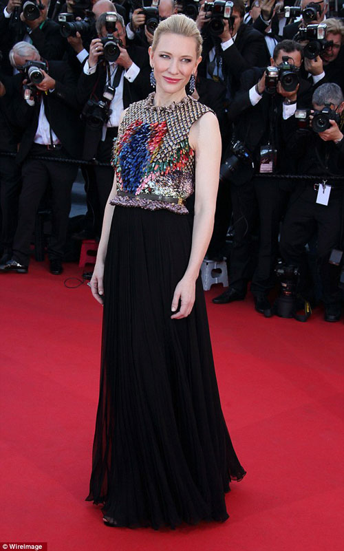 """20 bộ đầm đẹp """"nghẹt thở"""" tại Cannes 2014 - 5"""