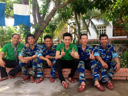 duong quoc hung hat khich le tinh than linh dao - 8