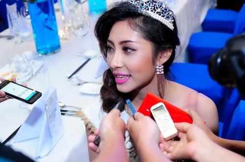 Hoa hậu Đại dương phủ nhận nghi án mua giải - 17