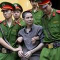 Tin tức - Kẻ giết người chặt xác cười khi bị tuyên án tử