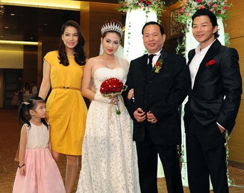 Những sao Việt yêu nhanh, cưới chớp nhoáng - 5