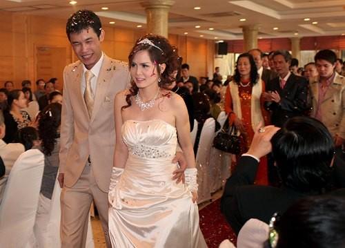 Những sao Việt yêu nhanh, cưới chớp nhoáng - 7