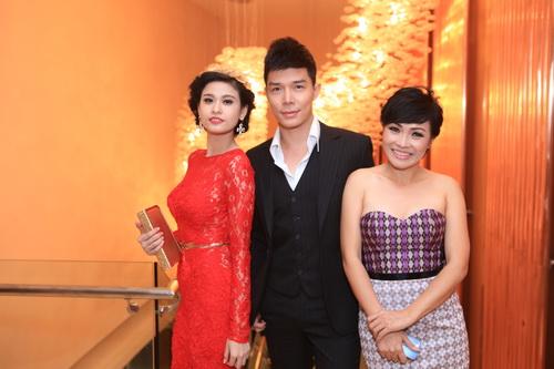 Nathan Lee, Trương Quỳnh Anh, Uyên Linh rạng rỡ dự tiệc - 18