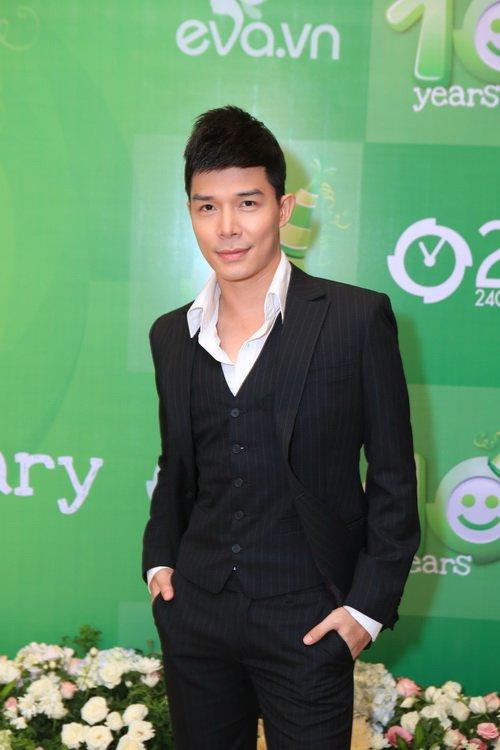 Nathan Lee, Trương Quỳnh Anh, Uyên Linh rạng rỡ dự tiệc - 1