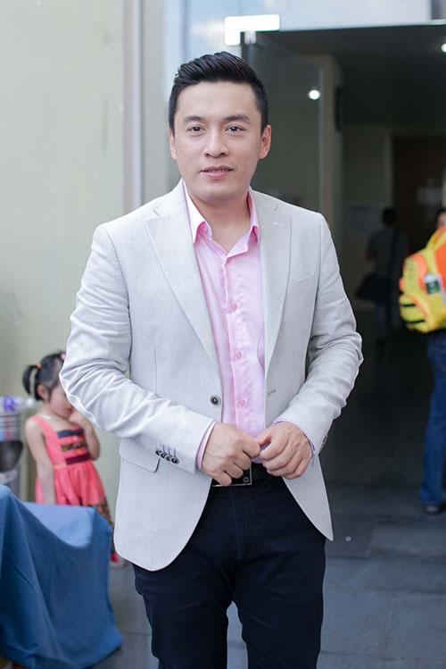 """Vợ chồng """"Giang - Hồ"""" chi mạnh cho The Voice Kids - 4"""