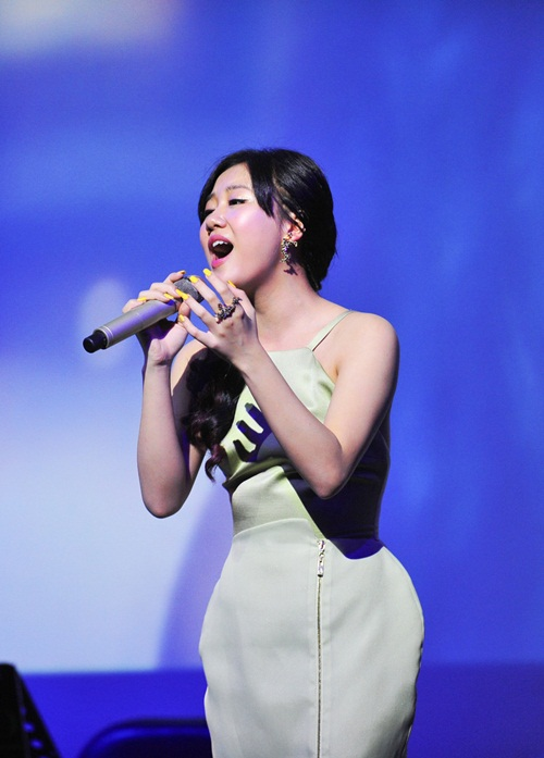 thu minh khang dinh thuong hieu sexy - 10
