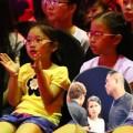 Làng sao - Con gái Cẩm Ly cổ vũ mẹ làm HLV The Voice Kids