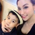 Làng sao - Bạn gái cũ Trấn Thành hạnh phúc bên con trai