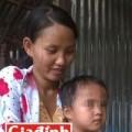 Tin tức - Cha mẹ đau khổ trước tin đồn sinh con có 2 'của quý'