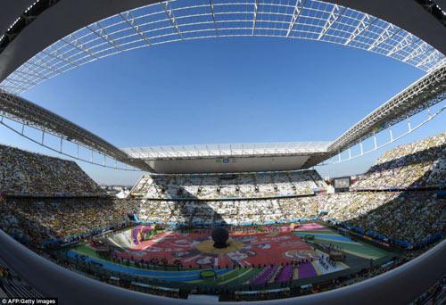 ruc ro sac mau tai le khai mac world cup 2014 - 1