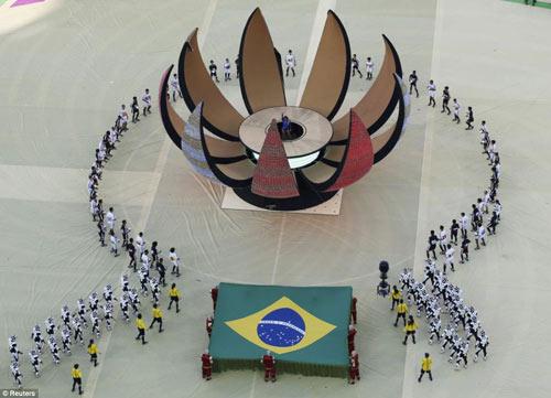 ruc ro sac mau tai le khai mac world cup 2014 - 4