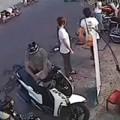 Clip Eva - Ăn trộm SH ngay trước mặt nhân viên cửa hàng