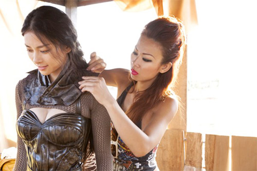 """giam khao america's next top model ngoi """"ghe nong"""" project runway - 5"""