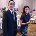 Làng sao - Vợ chồng Hà Tăng tất bật ở đám cưới Trà My