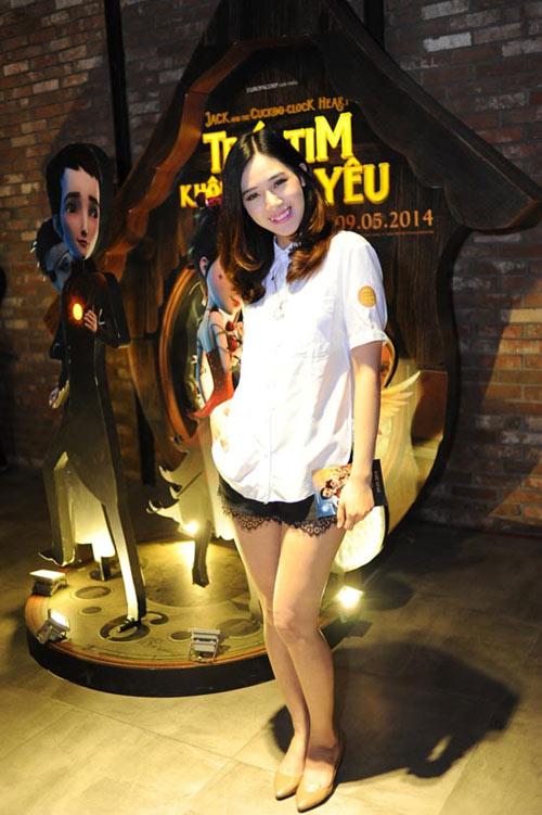 """quan sooc ren """"hap dan"""" cac hotgirl viet - 1"""