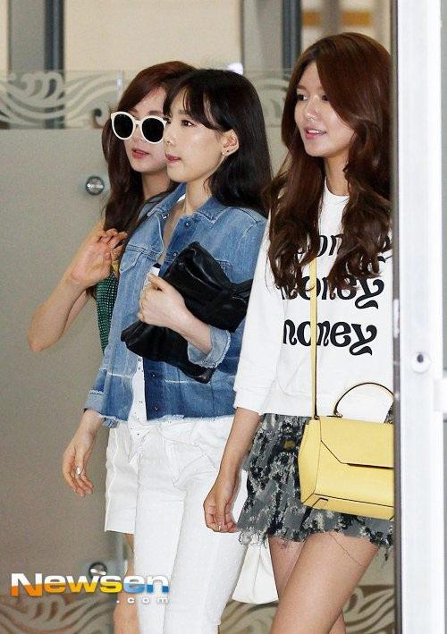 taeyeon (snsd) duoc che chan tai san bay - 8