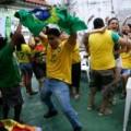 """Doanh nghiệp Brazil """"méo mặt"""" vì World cup"""