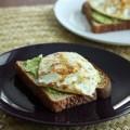 Bếp Eva - Bánh mì phết bơ, trứng tươi ngon
