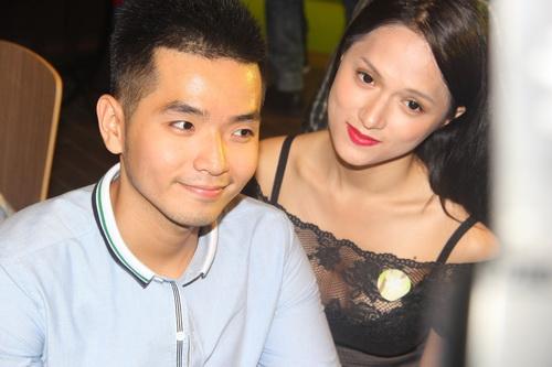 huong giang idol, kelly lang-xe ve dep dao keo - 8