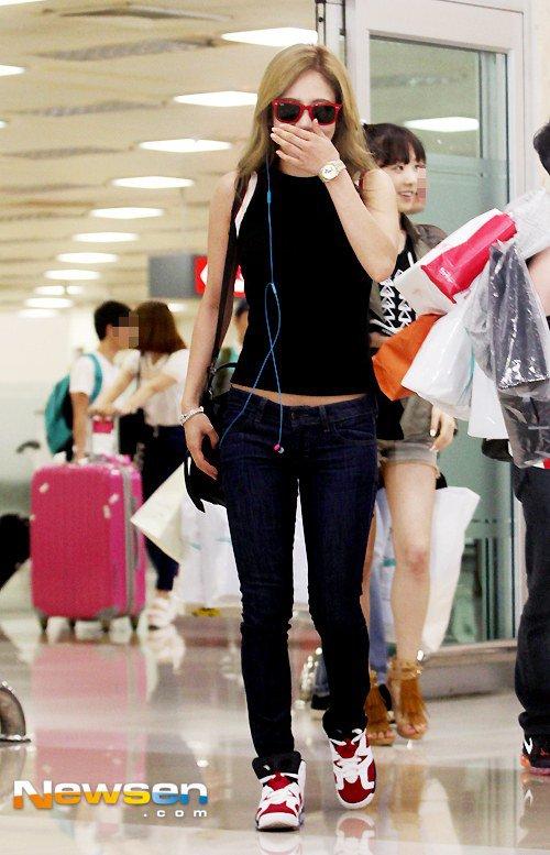 taeyeon (snsd) cuoi tuoi hon sau scandal - 12