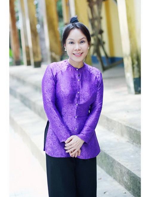 """viet huong: """"hoai linh khong lam chong toi duoc"""" - 2"""
