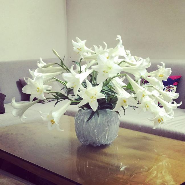 Bình hoa đầu mùa của chị Nguyễn Hà (Hà Nội)